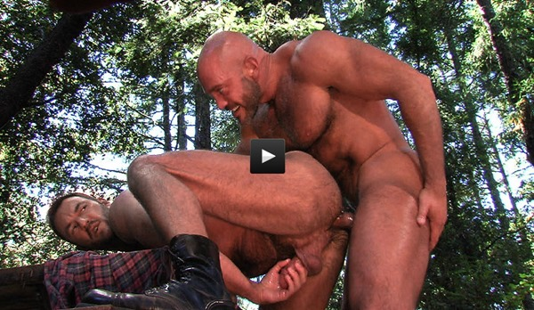 horny-guys-fucking-in-the-woods